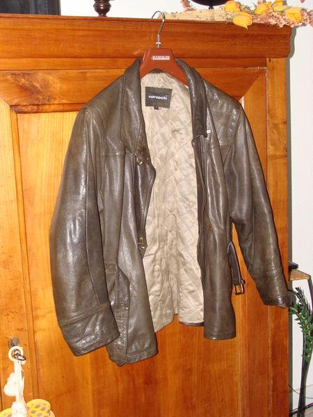 Blouson cuir 'Cuiropolis' Taille M/L 65 Talence (33)