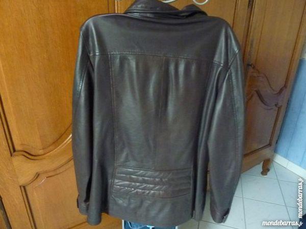 Blouson en cuir femme 45 Cormontreuil (51)