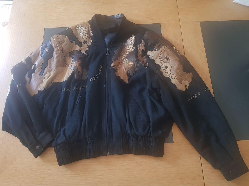 Blouson cuir  mappemonde jean claude jitrois 1500 La Réunion (97)