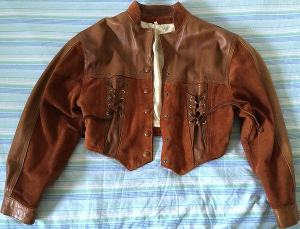 Blouson en cuir marron pour femme 20 St Isidore (06)