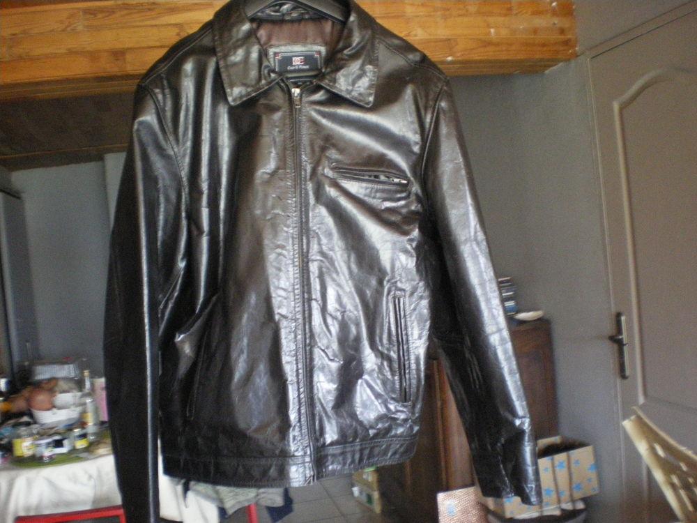 blouson en cuir pour homme taille 4XL 70 Airvault (79)