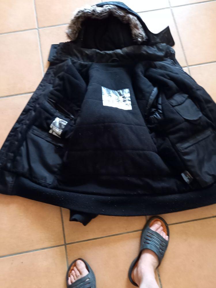 blouson homme hiver très beau noir qualité noir bon état Vêtements