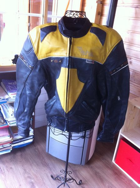 blousons moto occasion en lorraine annonces achat et vente de blousons moto paruvendu. Black Bedroom Furniture Sets. Home Design Ideas