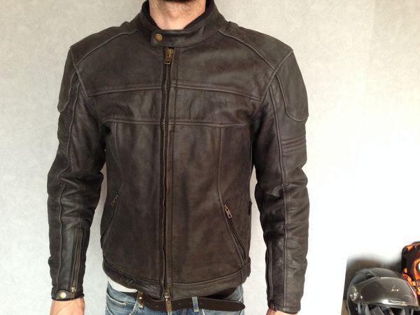 achetez blouson moto cuir occasion annonce vente enghien les bains 95 wb149697854. Black Bedroom Furniture Sets. Home Design Ideas