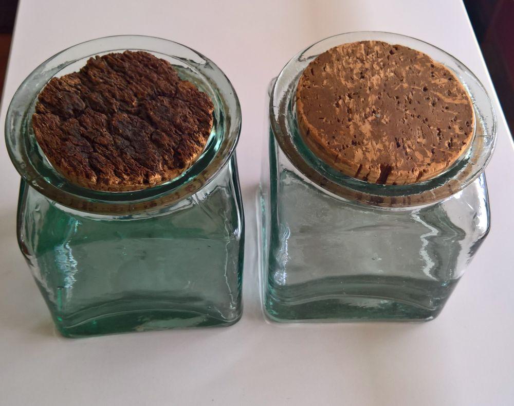 2 Bocaux en verre épais avec bouchon liège 15 Bois-Colombes (92)