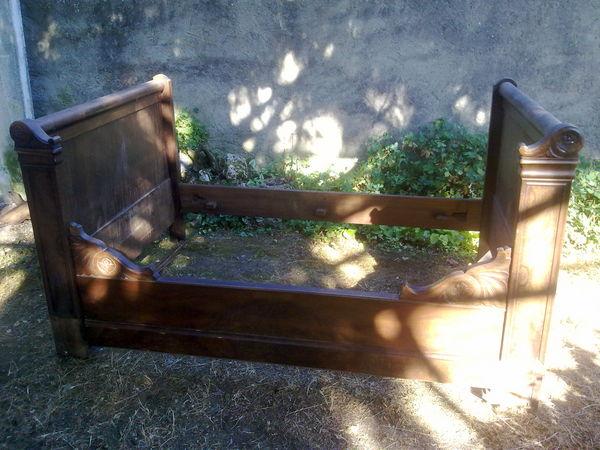 lits occasion en charente 16 annonces achat et vente de. Black Bedroom Furniture Sets. Home Design Ideas