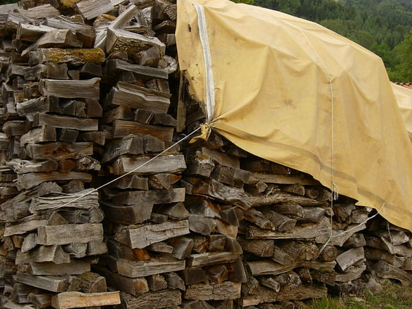 bois de chauffage occasion en rh ne alpes annonces achat et vente de bois de chauffage. Black Bedroom Furniture Sets. Home Design Ideas