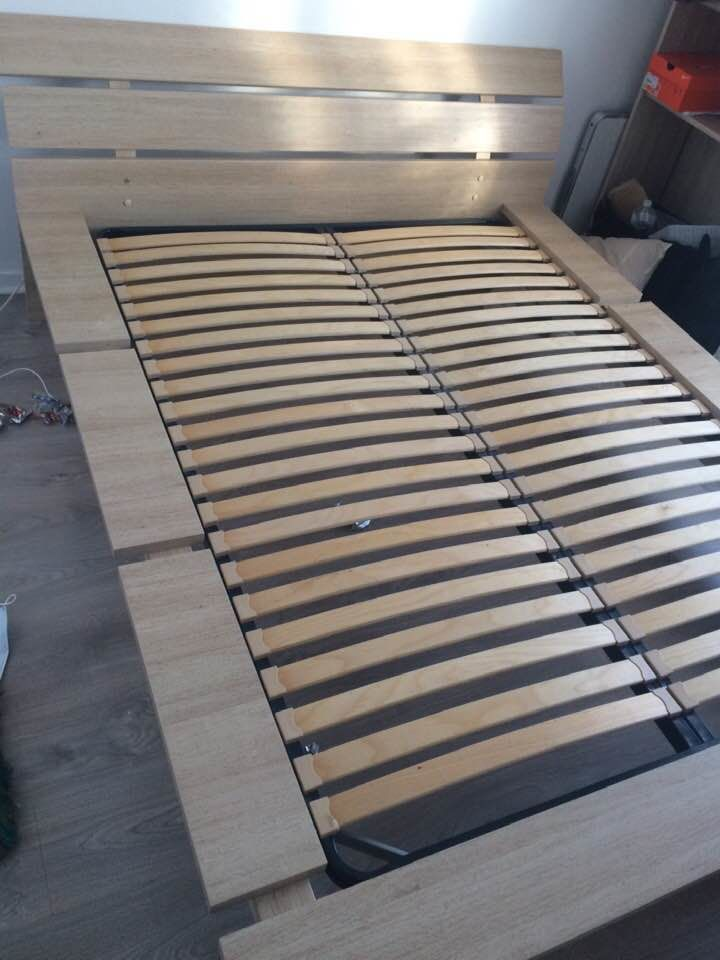 lit en bois trés solides avec sommier 200 Le Havre (76)