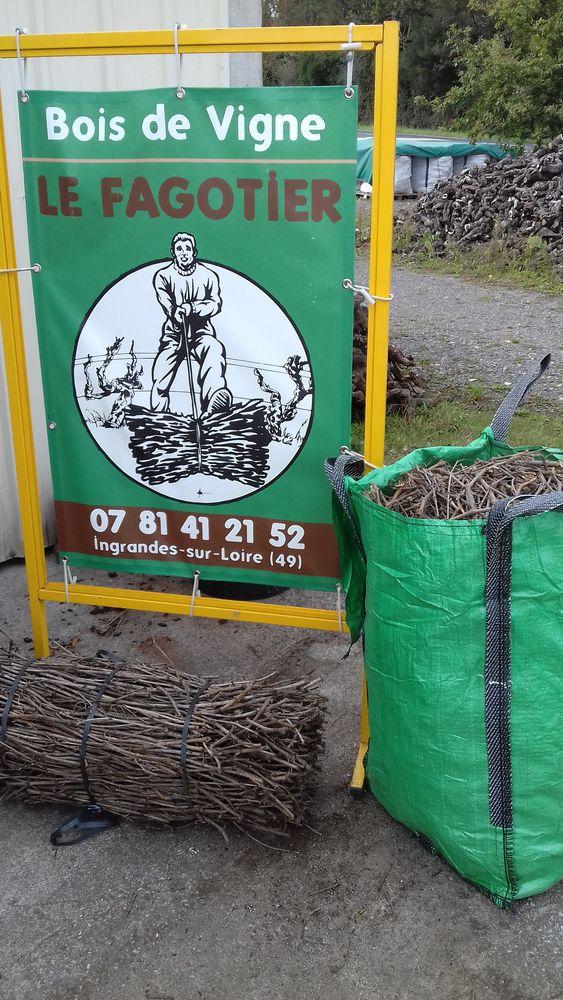Bois de vigne / Sarments / Ceps 15 Ingrandes (49)