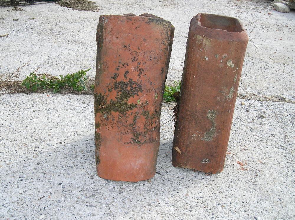 boisseaux de cheminé  10 Saint-Genis-l'Argentière (69)