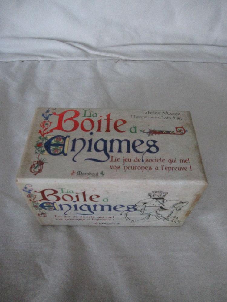 La boîte à énigmes marabout Jeux / jouets