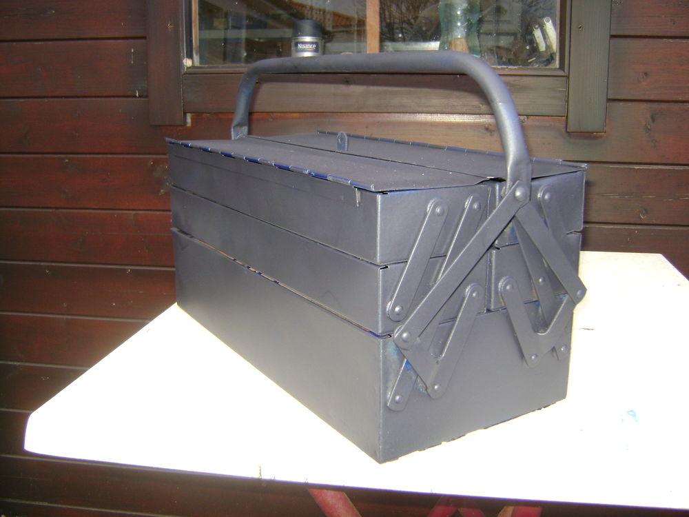 boite à outils 10 Fontaines (85)