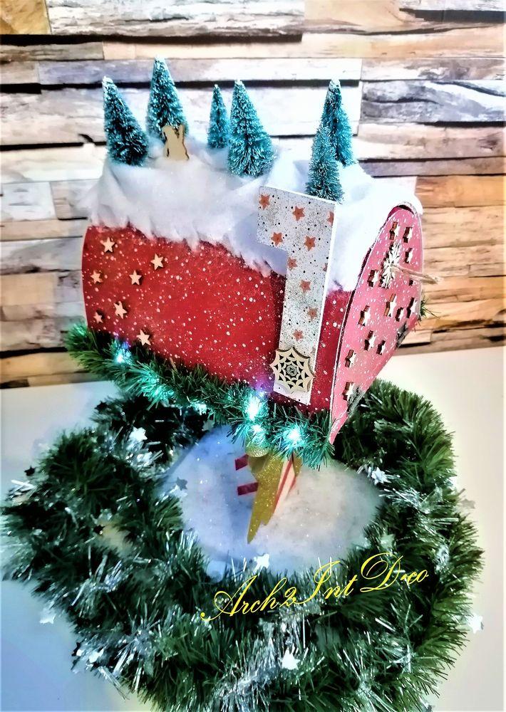 Boîte du père Noël rouge 75 Dax (40)