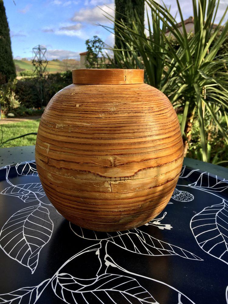 Boîte sphérique ancienne en Bambou ou Vase, 22 x 21 cm; Neuf 12 L'Isle-Jourdain (32)