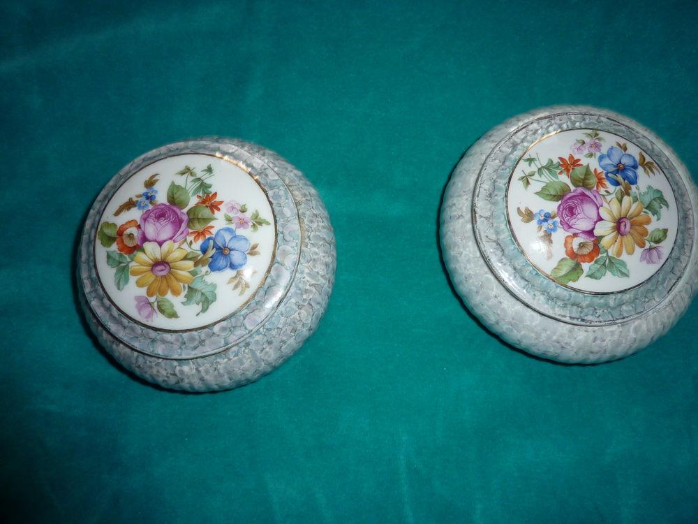 Lot de 2 boites bonbonnières en porcelaine décor floral 20 Orsay (91)