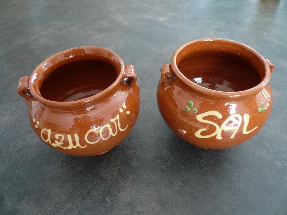 Boites à sucre et sel décorées 3 Boisset-et-Gaujac (30)