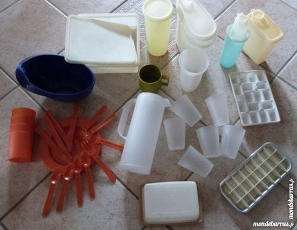 boites tupperware, service table plastique, pichet 1 Écuisses (71)