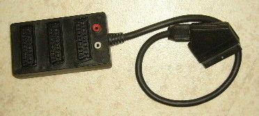 Boitier multi prises peritel et 2 ports video RCA Photos/Video/TV