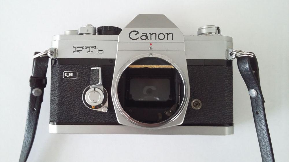 Boitier photo CANON  reflex  FTb-QL couleur argent.  110 Lyon 7 (69)