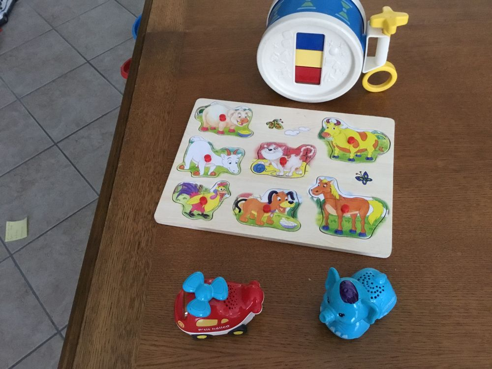TUT TUT  BOLIDES ET ANIMAUX plus puzzle et tambours 10 Sainte-Adresse (76)