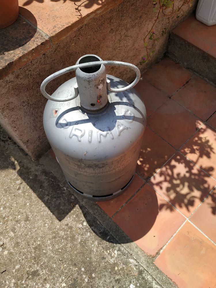 bombonne de gaz butane Primagaz 0 Le Luc (83)