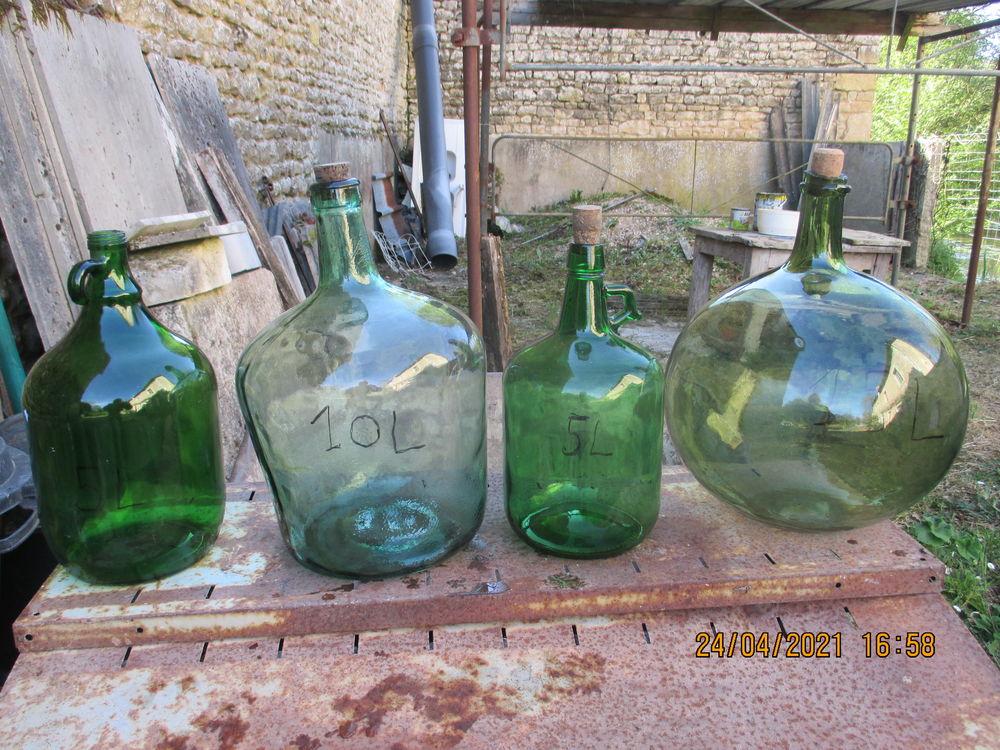 bombonne en verre  25 La Mothe-Saint-Héray (79)