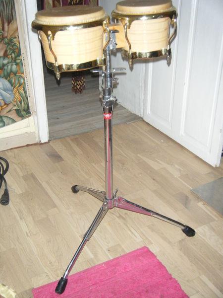 Bongos Latin Percussion avec pied 150 Fontaine Daniel (53)
