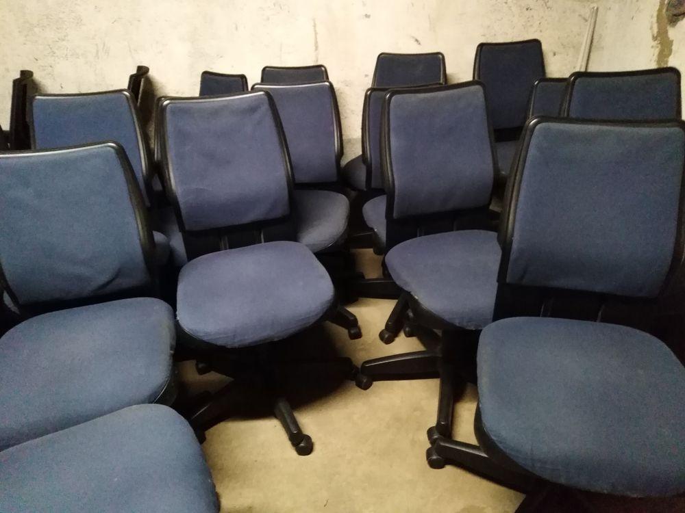 bonjour  chaises a roulette en tissu réglable 19 Villeurbanne (69)