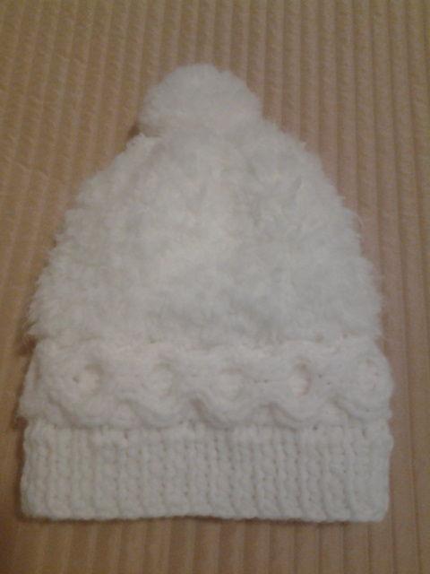 Bonnet blanc fait main (laine Phildar), taille 4/6 ans 5 Pleuven (29)