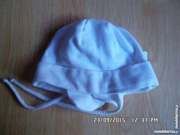 bonnet blanc naissance*juste 1e*kiki60230 1 Chambly (60)