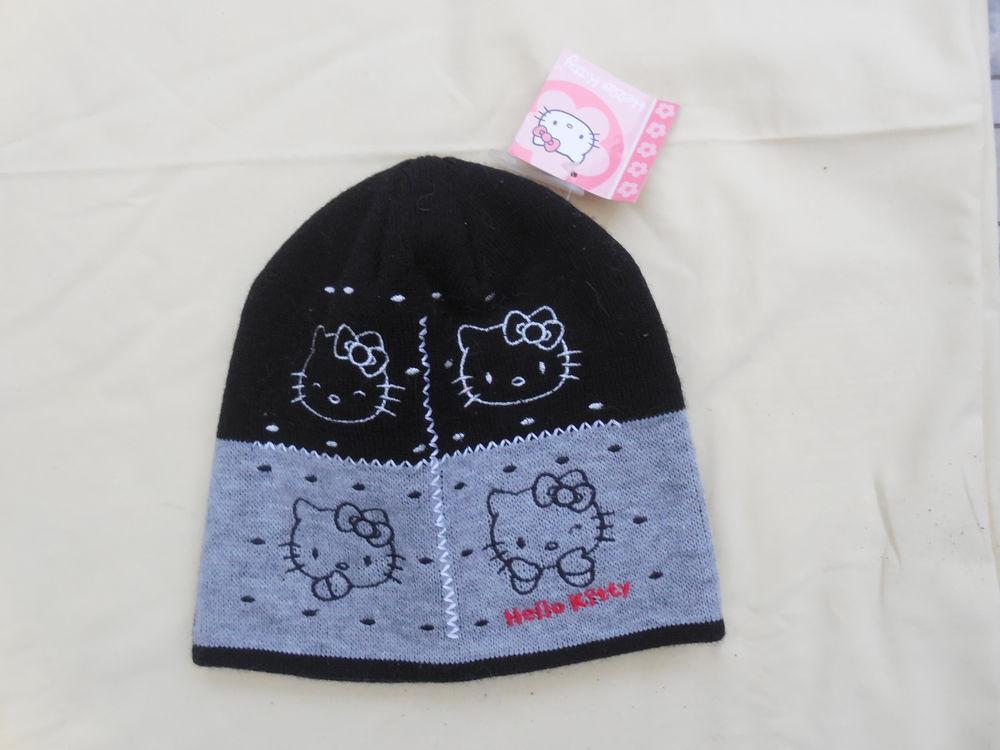 bonnet  hiver hello kitty  54 cm 7 Le Pave De Pontault (77)