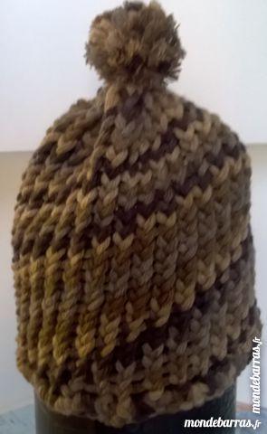 bonnet pompon acrylique 8 Langon (33)