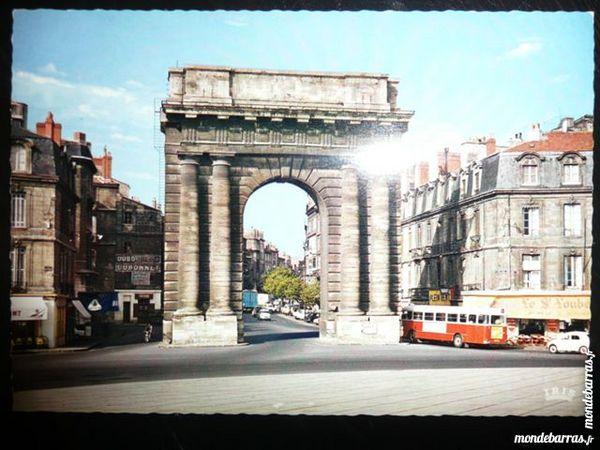 Bordeaux La porte de Bourgogne construite en 1750
