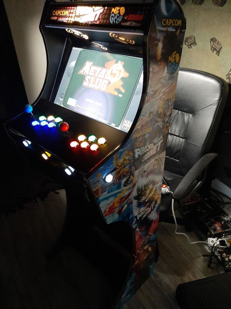 Borne d'arcade 2 players avec + de 3500 jeux  1100 Paris 14 (75)
