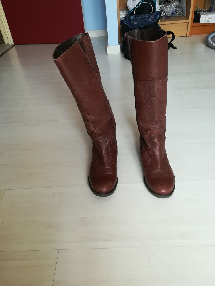 Bottes brune Chaussures