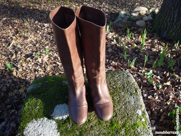 Bottes Buffalo London taille 39 25 Castres (81)