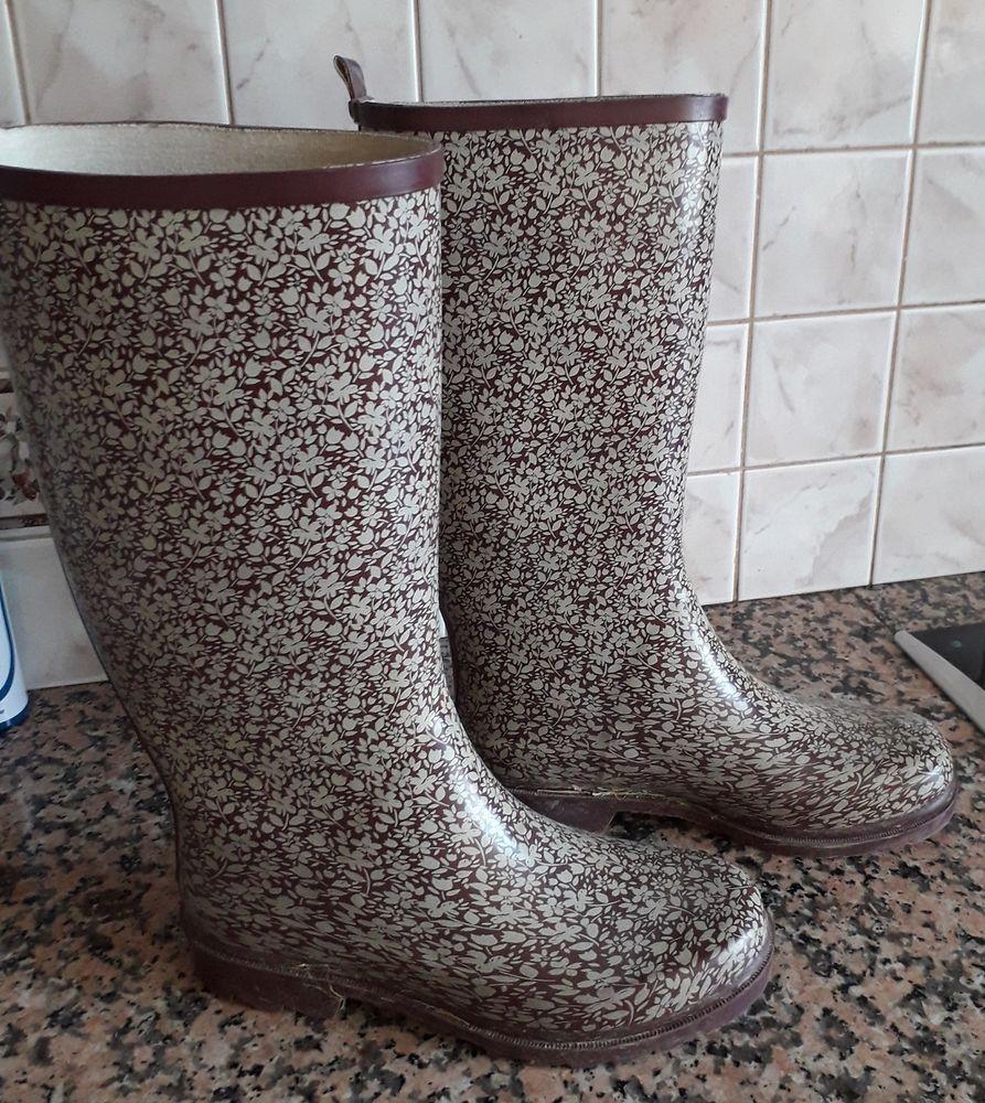 Bottes en caoutchouc/chaussure de rando 5 Sarcelles (95)