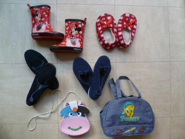 bottes, chaussons, sacs, - 23 et 36 - zoe 2 Martigues (13)