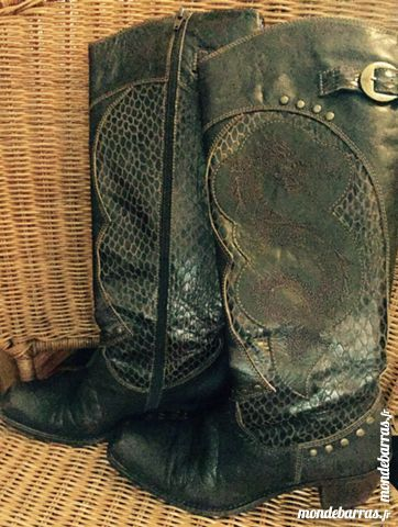 Bottes cuir facon croco dragon brodé 38 country 58 Châteauroux (36)