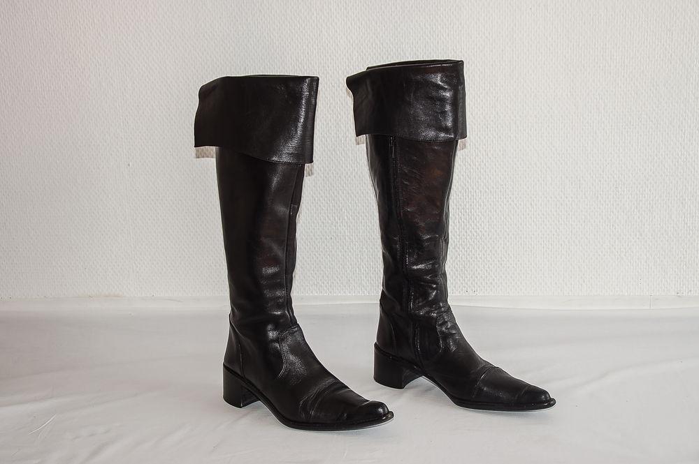 Bottes montantes femme T38   Eden Shoes   30 Clichy (92)