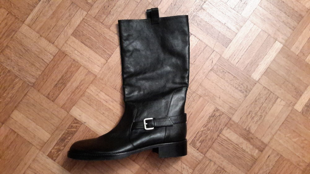 BOTTES PATRIZIA PEPE TAILLE 41 FEMME CUIR  120 Nice (06)