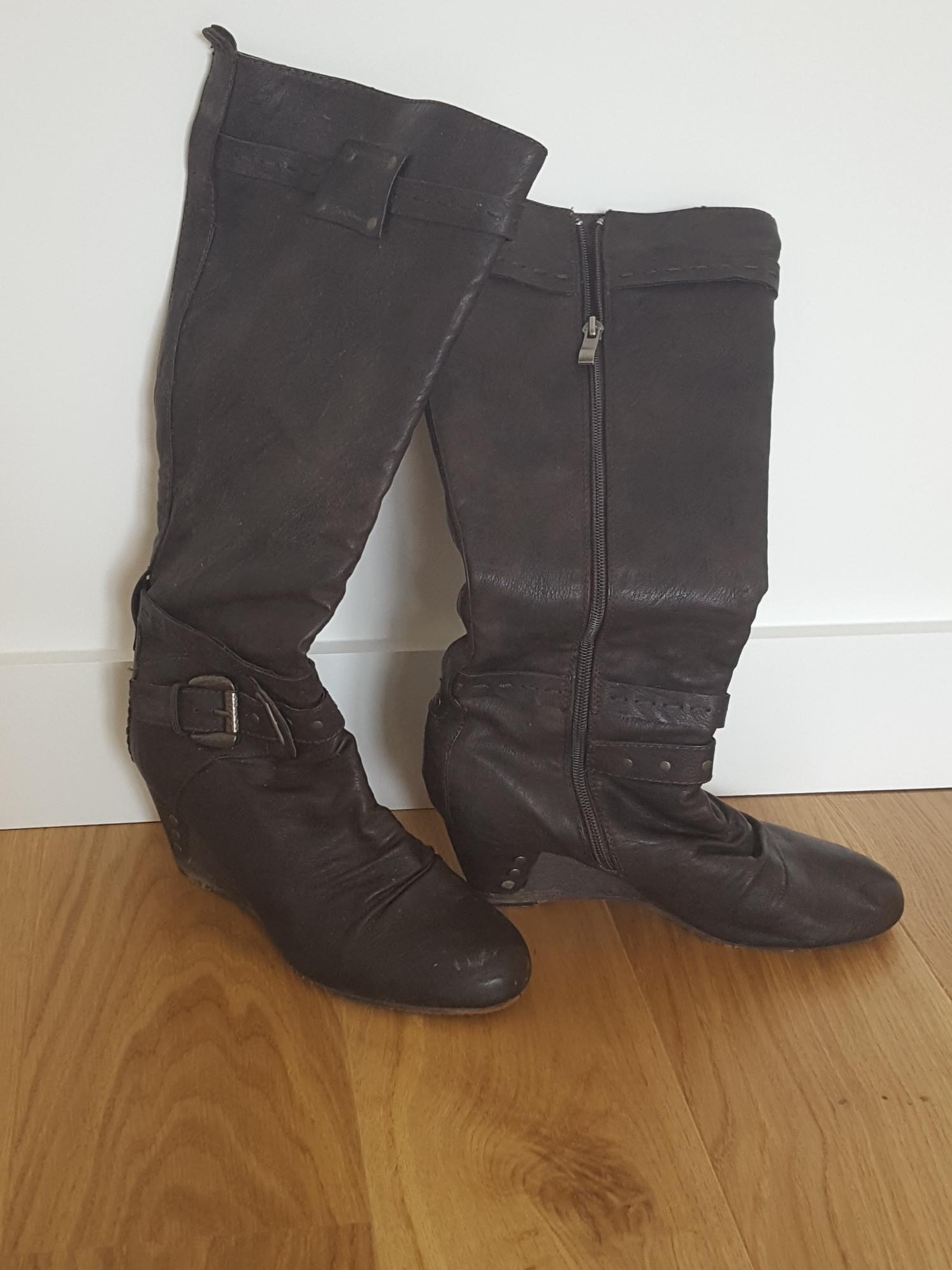 Achetez bottes bottes quasi quasi neuf, annonce vente à Anthon (38 ... c63386723426