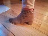 Bottines boots beige camel en daim 90 Angers (49)