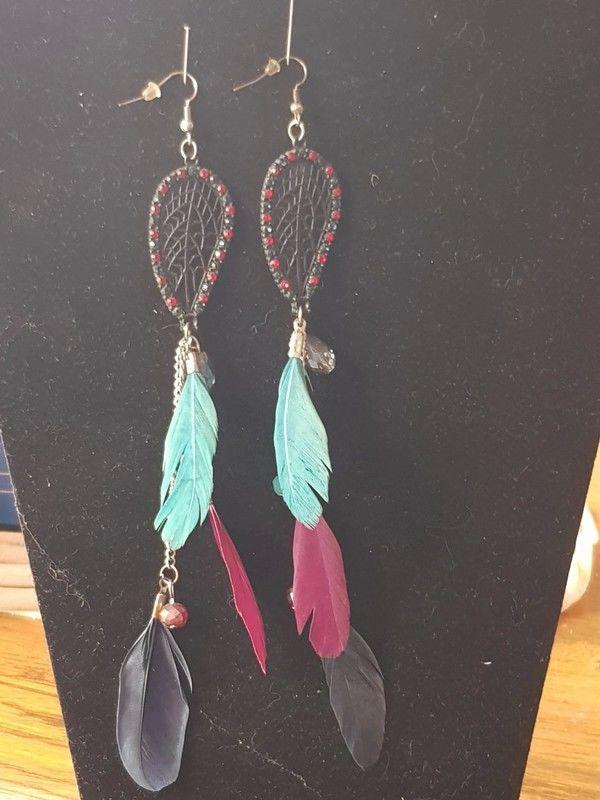 Boucles d oreilles pendantes à plumes 18 cm neuve métal arge 5 Viriat (01)