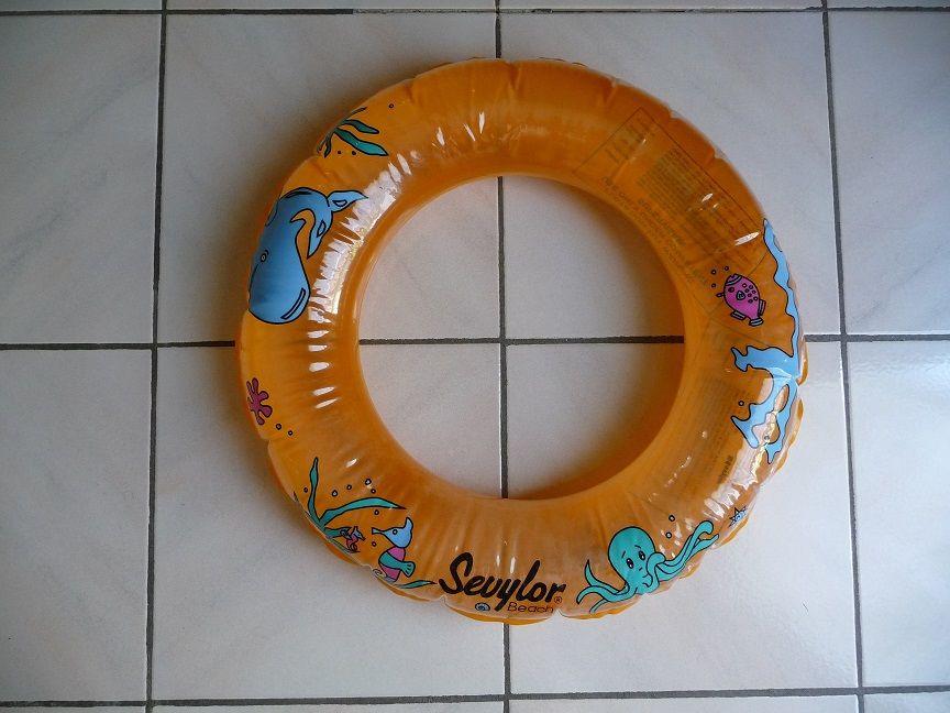 Bouée ronde orange motifs animaux marins  5 Montigny-le-Bretonneux (78)