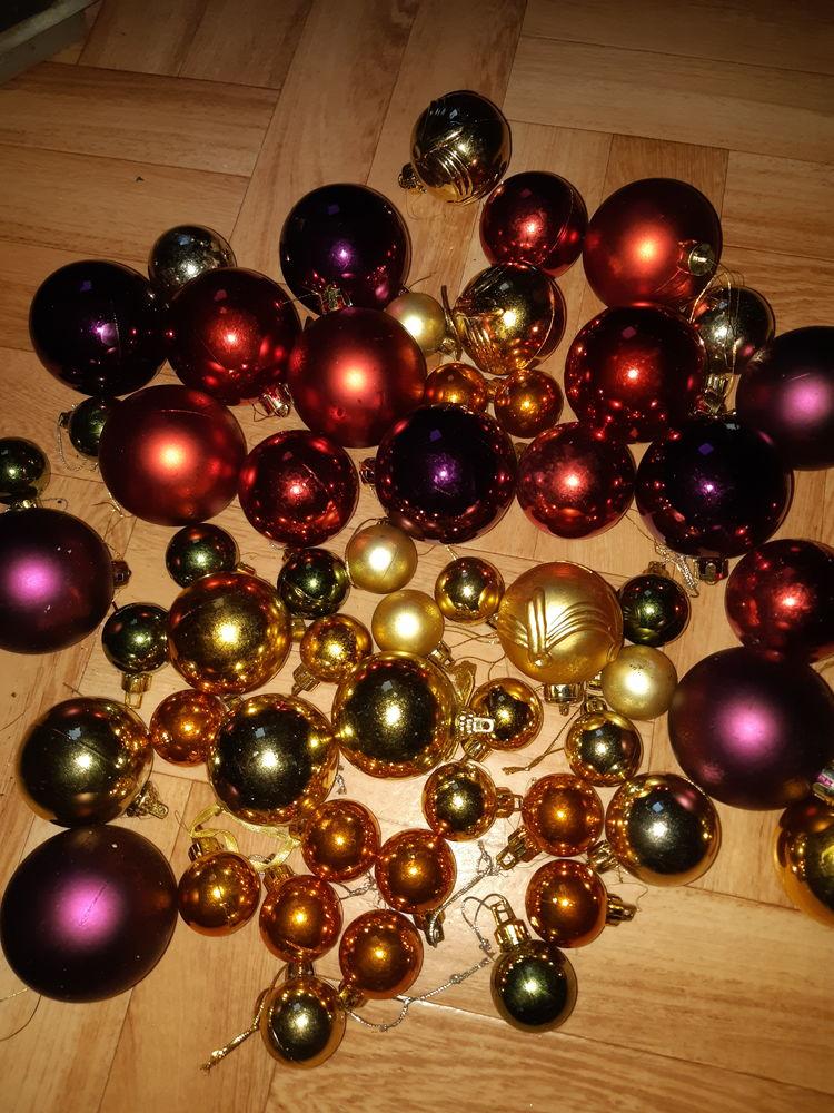 boules  de Noël 0 Charleville-Mézières (08)