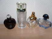 Lot 4 Bouteilles de parfums (vide) de Luxe TBE 12 Neuville-de-Poitou (86)