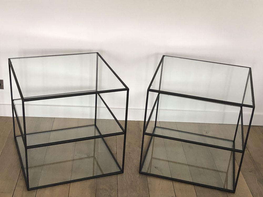 2 Bouts de canapé, design  cubes 60 cms, 3 plateaux verres. 300 Lyon 1 (69)