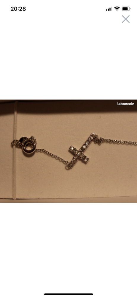 Bracelet argent motif croix  25 Pontault-Combault (77)