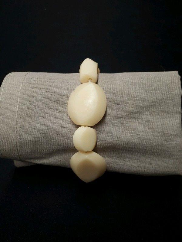 bracelet élastique beige 1 La Ferté-sous-Jouarre (77)
